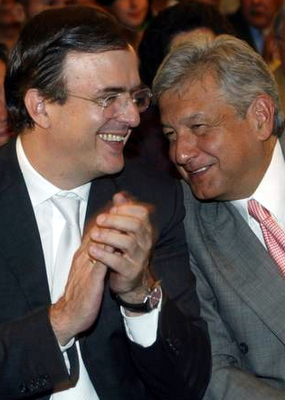2007-06-20_amlo_ebrard.png